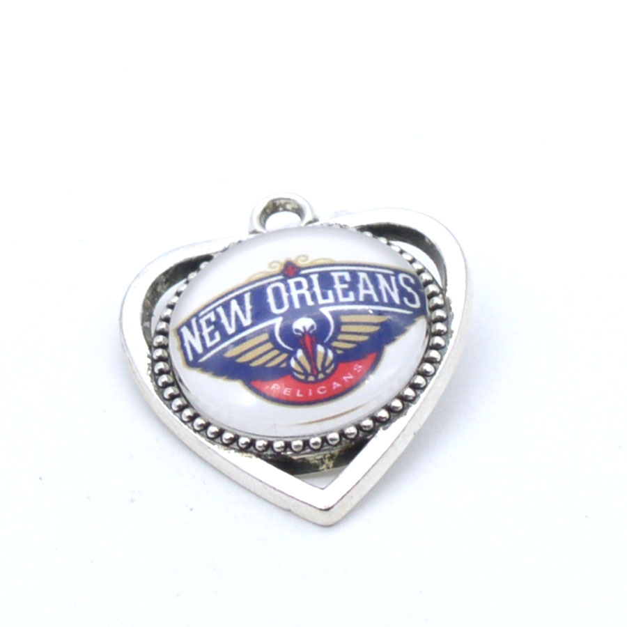 Pendant Accessories New Orleans Pelicans Charms Accessories for Bracelet Necklace for Women Men Football Fans Paty Fashion 2018