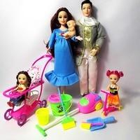 Familia 5 personas Muñecas Trajes 1 mamá/1 papá/2 Little Kelly Girl/1 bebé Hijo/ utensilios de limpieza muñeca embarazada verdadera regalos moda Juguetes