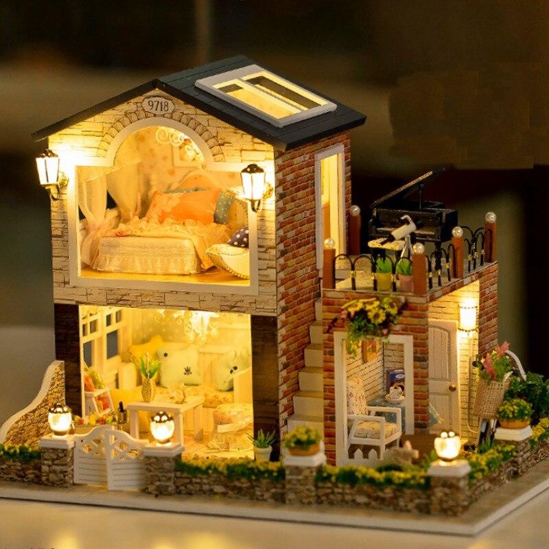 1/24 ирландский страна DIY кукольный домик игрушечные лошадки для детей миниатюра деревянный ручной работы кукольный дом со светодио дный меб...
