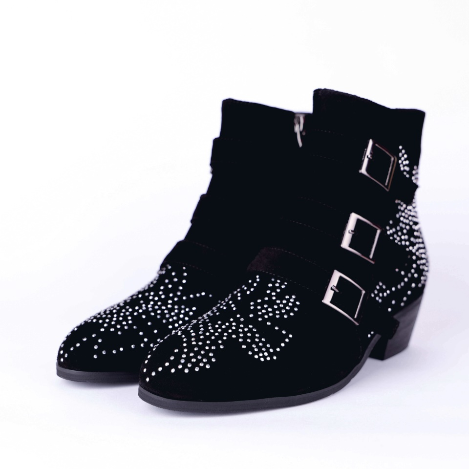 Autumn and winter womens ankle boots fashion buckle rhinestone decorative shoes black womens boots size 33-43Autumn and winter womens ankle boots fashion buckle rhinestone decorative shoes black womens boots size 33-43