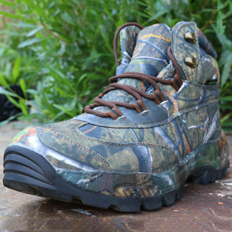 3e110e759dd US $44.13 32% OFF|Men Desert Tactical Military Boots Work Safety Shoes Army  Winter Sneakers Man Military Footwear Combat Boot Hiking Tourism Shoes on  ...