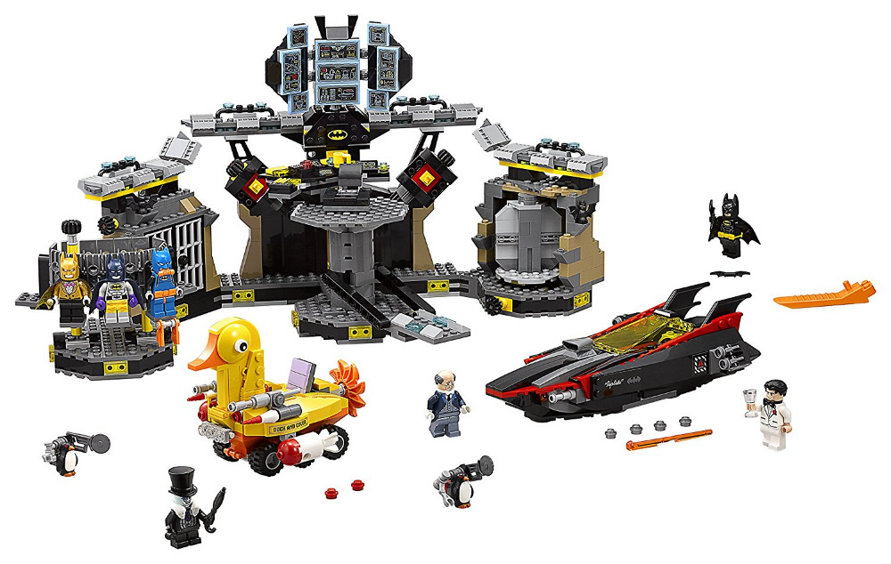 LEPIN Batman Series Batcave Break-in Building Blocks Bricks Movie Model Kids Toys Marvel Compatible Legoe lepin 07052 1047pcs batcave break in set the genuine model movie building blocks bricks educational toys for children 70909