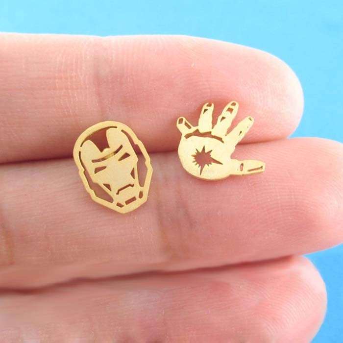 Daisies One Pair Stud Earrings Iron Man Mask and Glove Shaped Super Hero Earring For Women Jewelry Girl Couple Bijoux Femme