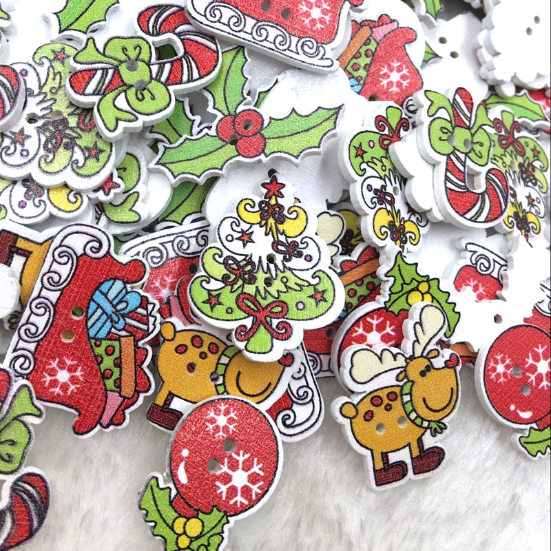 100pcs Mix Assorted Merry Christmas Wooden Button Lot Craft Card Embellish W545