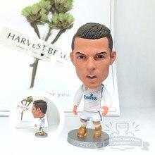 Soccerwe bonecas estatueta estrelas do futebol C Ronaldo 17-18 articulações Móveis Casa de resina modelo de brinquedo figura de ação bonecas colecionáveis presente
