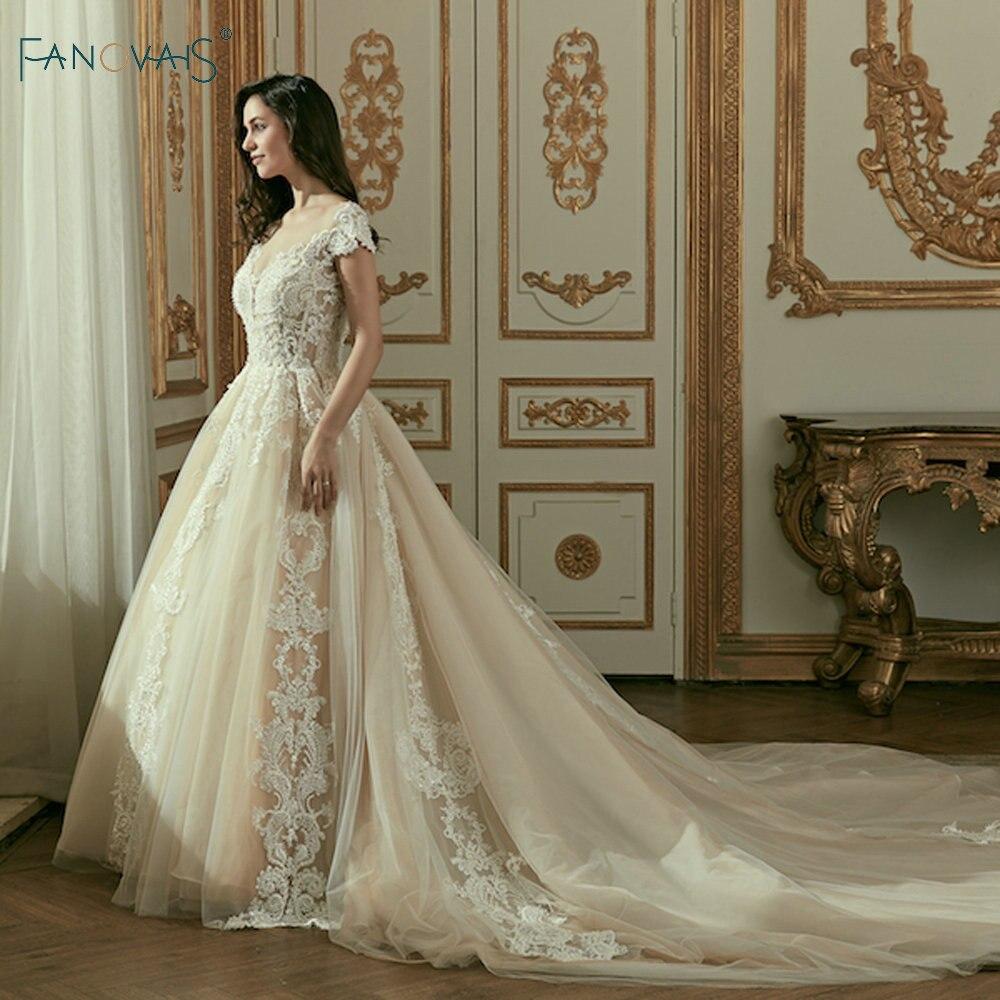 Vintage Dentelle Robes De Mariée Long Train Cap Manches Robes De Bal pour le Mariage Robes Cerimonia 2018 Robe De Noiva Princesa