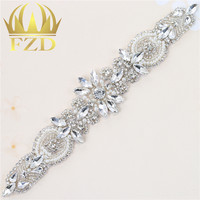 30pieces Wholesale Iron On Bling Rhinestone Applique For Wedding Dress Crystal Clear Sliver Bridal Applique