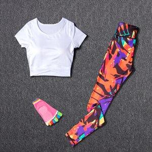 Image 2 - Sportswear Frauen Yoga 2 Stück Set Trainingsanzug Fitness Sport Hosen Laufen Outdoor Top Gym Kleidung Anzüge Brust Pad Sport Tragen