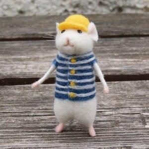 Image 1 - 2019 여성 러블리 마우스 마우스 수제 동물 장난감 인형 양모 바늘 펠트 kitting diy 양모 키트 패키지 비 완성