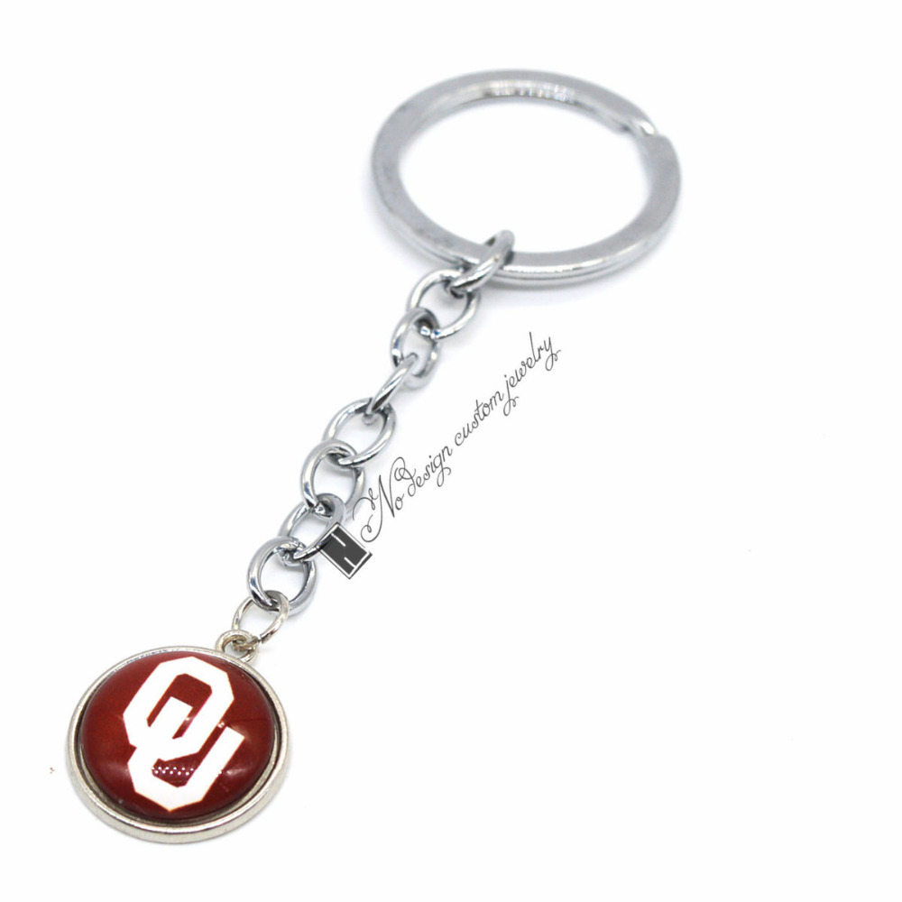 2018 New Football Keychain NCAA Oklahoma Sooners Charm Key Chain Car Keyring  for Women Men Party Birthday Keyrings Gifts -in Key Chains from Jewelry ... d5aa5b20ef
