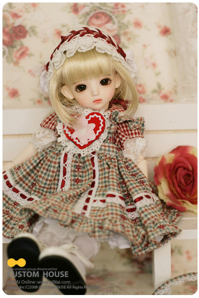 1/6 scale 26cm BJD doll nude,BJD/SD doll girl Uri gaby hani sunny.not included Clothes; wig;shoes and accessories