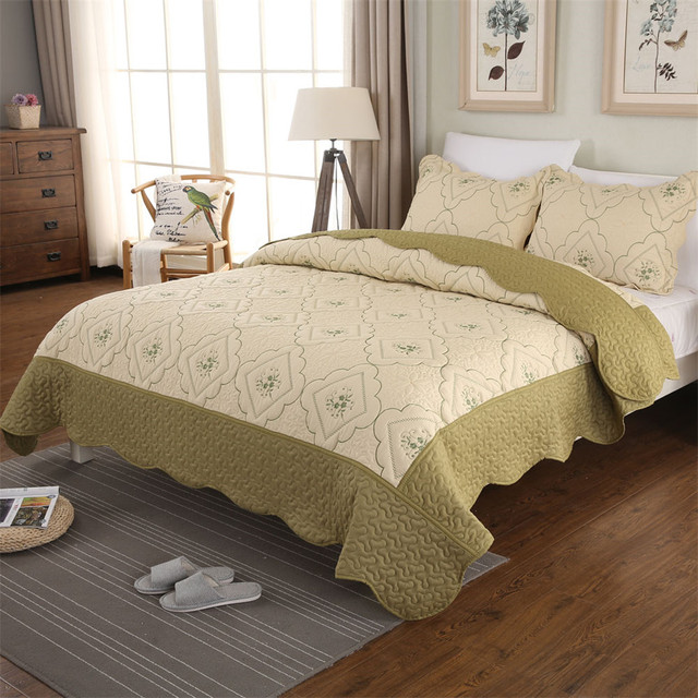 Summer Thin Comforters Bed Cover Army Green Patchwork Quilt