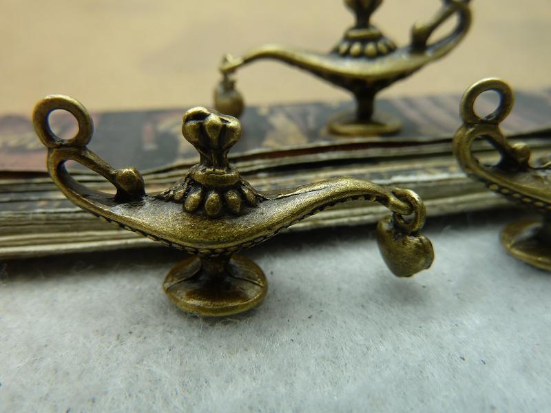 10pcs wholesale accessories Antique Bronze Aladdin Charm DIY Jewelry Making Pendant Findings