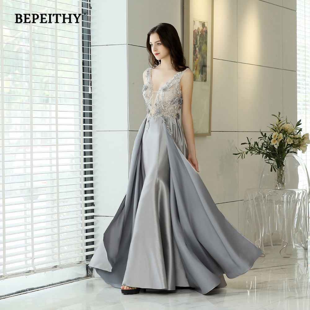New Style V Neck Reflective Dress Long Evening Dresses Lace Flower Top Robe De Soiree Backless Cheap Prom Dress Party Gown 2020