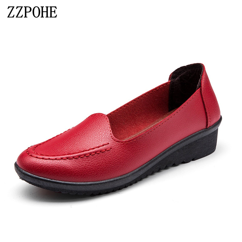 ZZPOHE 2018 Spring Autumn Leather Woman Soft Flats Shoes Women Casual Comfortable Slip On Footwear Large Size Shoes Mother Shoes vtota fashion spring autumn women flats 2017 shoes woman slip on casual shoes soft comfortable women shoes new ladies shoes x48