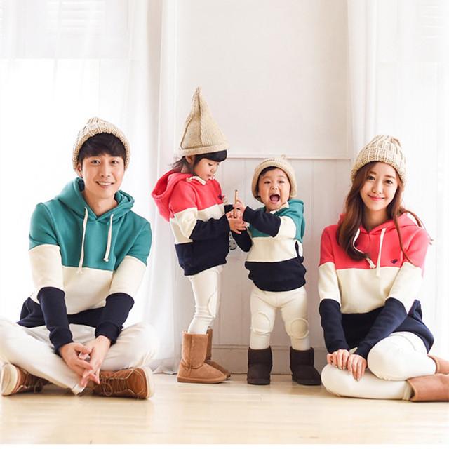 1 Unidades de Estilo Familiar Sweatershirt 2016 Nueva Primavera Otoño Patchwork Diseño Familia Juego Trajes Sudaderas Con Capucha de la Ropa Con Capucha
