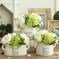 Miz Home 1 Piece White Clay Vintage Freshing Green Artificial Hydrangea Berries Vase Set for Home Desktop Vase with Flower