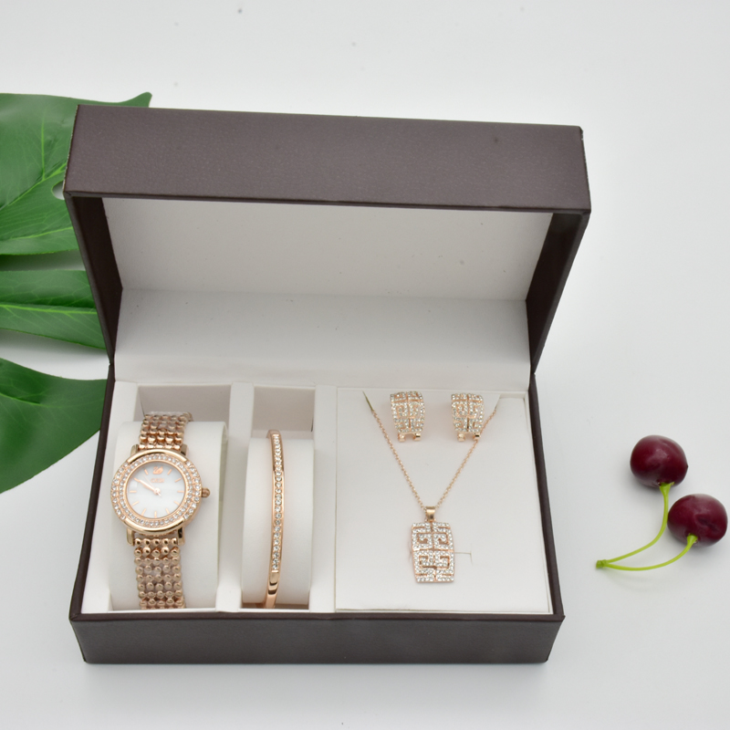 New gift watch Sets 4Pcs Women watches Necklaces Bracelets Earrings With Big Watch Box Woman Girlfriend