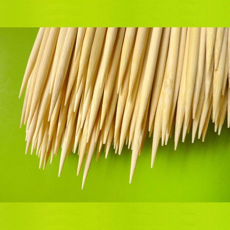 Vysoce kvalitní 40 * 4mm bambusové špízy na grilování Shish Kabob Dřevěné bambusové tyčinky Gril BBQ Nástroje na 100ks / balení