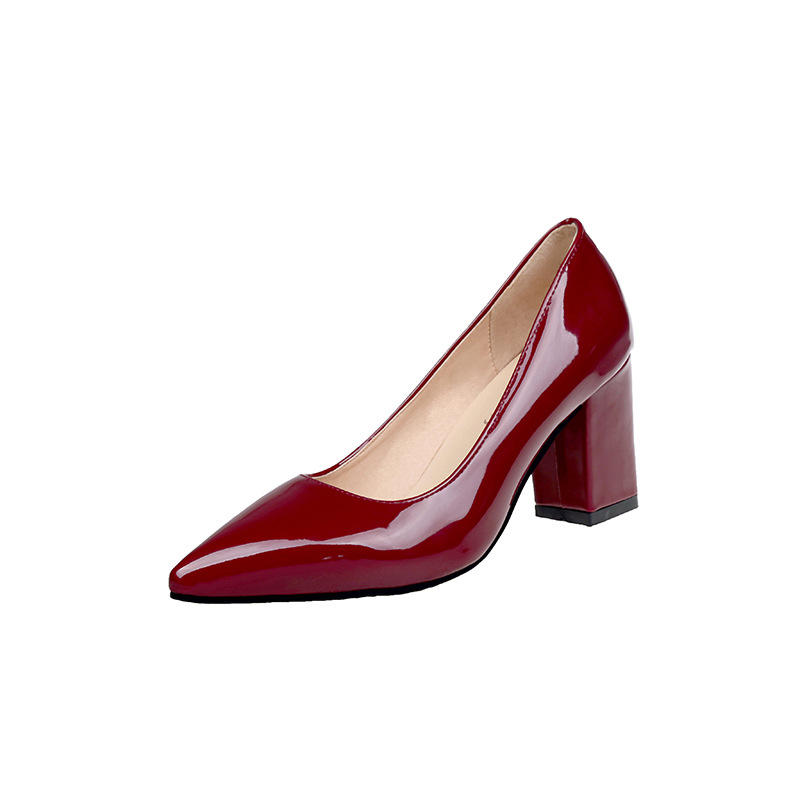 2018 autumn Korean version of the pointed thick with the middle mouth fashion patent leather ladies single wine red ljj 10312018 autumn Korean version of the pointed thick with the middle mouth fashion patent leather ladies single wine red ljj 1031