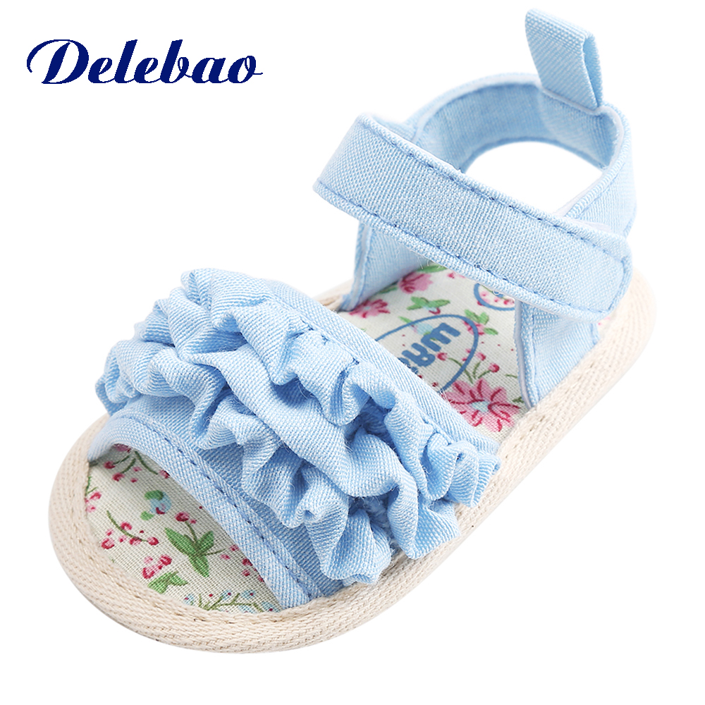Delebao 2018 Summer Lace Flower Baby Girl Sandals White Soft Sole Hook & Loop Princess Baby Girl Shoes