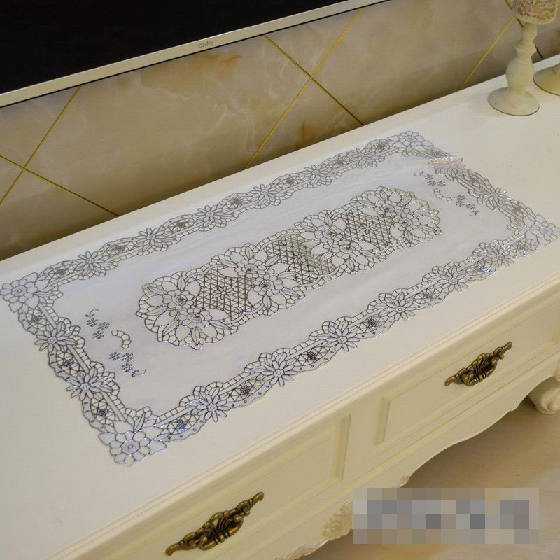 PVC Tablecloth TV Bench Coffee Dining Tea Table Decorative Cover Mat Pad Floral Table Cloth Waterproof 40 x 84cm Gold Silver