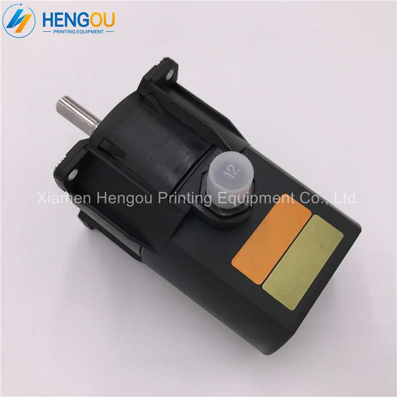 FREE SHIPPING motor R2.112.1311/02 for heidelberg offset printing parts R2.112.1311 2 piece free shipping heidelberg printing equipment martini brush offset printer brush
