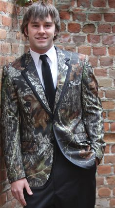 2019 New Arrival Airtailors Camouflage Vest for Rustic Wedding White and Brown Two Colors Plus Size in Vests from Men 39 s Clothing