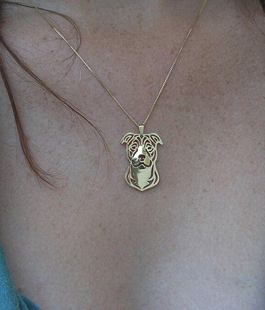 Фото ожерелье с мультяшной собакой персонажа стаффордшира бультерьера цена