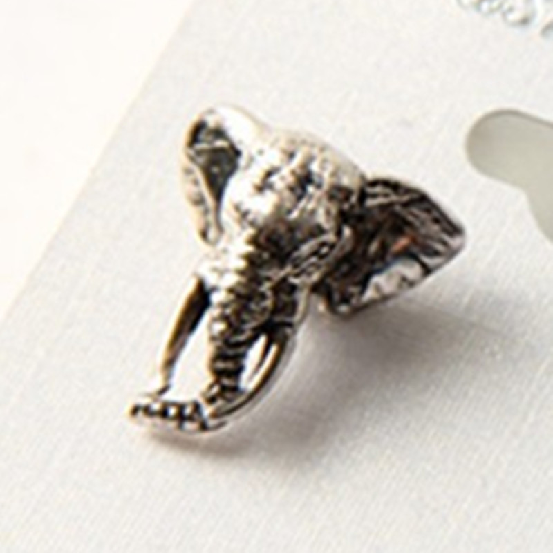 The 2015 New one pieces Retro Alloy Elephant Womens Earrings For Women