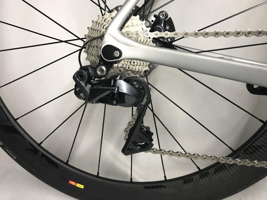 2018 disque vélo de route en fibre de carbone vélo complet vélo carbone BICICLETTA vélo groupe R8020 disque carbone 50mm pneu - 4