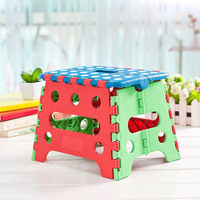 2016 New Spotted Random Color Folding Stool Thicken Plastic Child Favorite Stool Portable Picnic Fold Hole