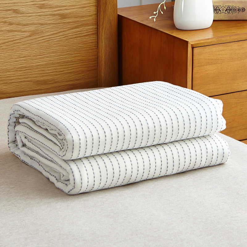 Soft Summer Thin Blankets Striped 100 Cotton Gauze Summer Air conditioned Room Coverlet 150 200 200