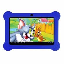 Yuntab Nueva llegada de 7 pulgadas Tablet PC Android 4.4 Q88 Cámara Dual Touch Screen1024 x 600 con Funda de Silicona (púrpura)