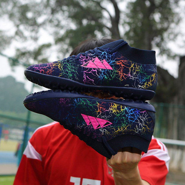 Football Shoes Men Kids Cleats Indoor Gym Training Boots Sneakers Breathable TF Sport Shoes Men Soccer Shoes Men Turf Futsal