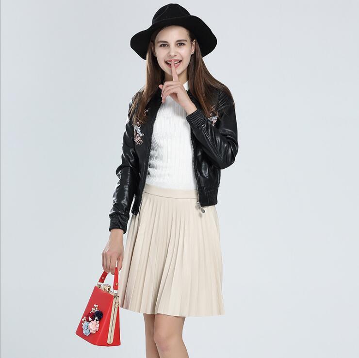 2018 New Style Female Fashion Embroidery leather jackets women pink black short leather coat women motorbike leather jacket coat