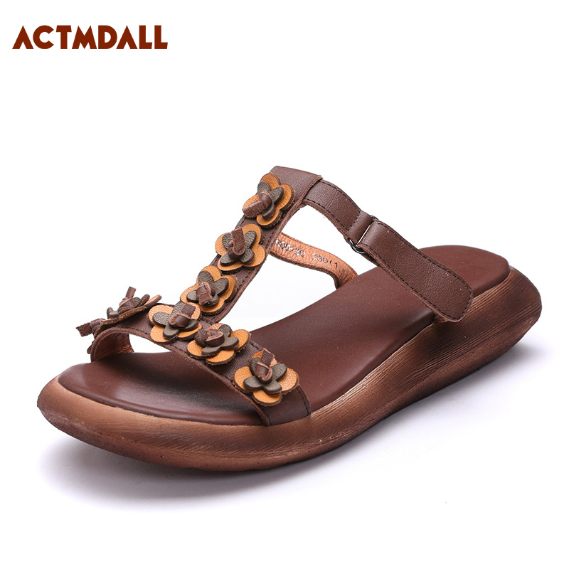 2018 summer woman flat bottomed slippers fashion T-strap women sandals cow leather peep toe slippers handmade flowers Actmdall 2018 new high end leather comfortable feet sandals classic sandals handmade leather slippers handmade leather slippers