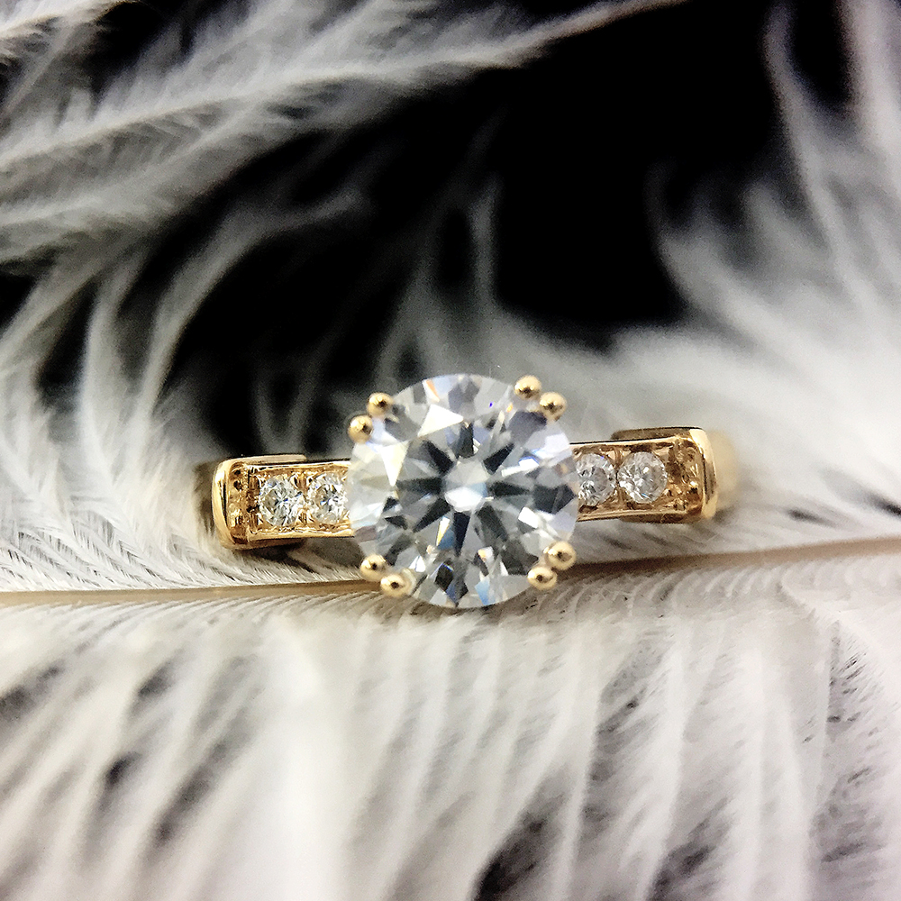 14K Yellow White Gold DF 0.6ct 5.5mm Round Cut DF Moissanite Engagement Ring Anniversary Ring Moissanite Ring For Women14K Yellow White Gold DF 0.6ct 5.5mm Round Cut DF Moissanite Engagement Ring Anniversary Ring Moissanite Ring For Women