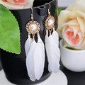 Vintage White Long Feather Dangle Earrings for Women Drop Pearl Ear Jewelry boucle d'oreille femme