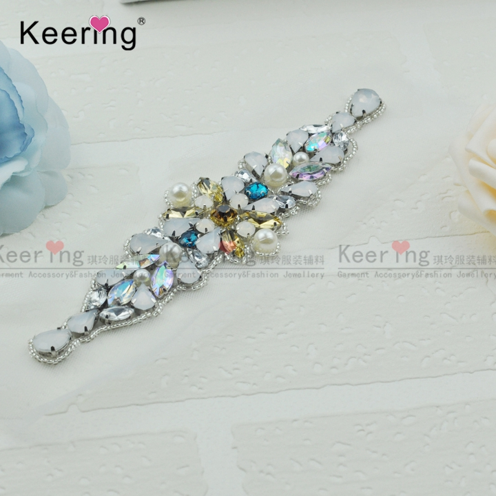 Keering Fashion Pretty Sparkling Crystal Rhinestone Applique For Bridal  Sash WRA 907-in Patches from Home   Garden on Aliexpress.com  22b4e6040a07