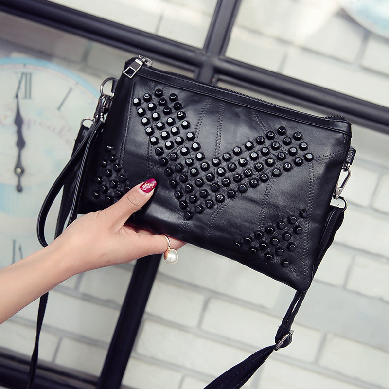 2018 Vintage Small Crossbody tassel Bags Clutch women Leather rivet Bag Handbag Sac a Main Femme Ladie Messenger Bag Long Strap yuanyu 2018 new hot free shipping real python leather women clutch women hand caught bag women bag long snake women day clutches