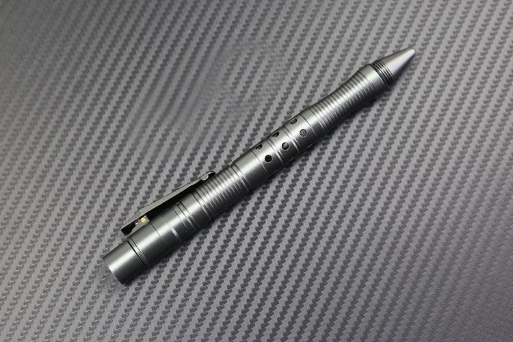 caneta multifuncional cabeça de aço tungstênio defesa