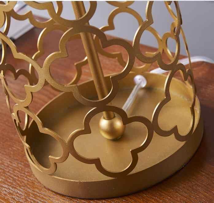 Роскошная золотая лампа, светодиодная настольная лампа, прикроватный светильник для спальни, скандинавский креативный металлический полый светильник в клетку, прикроватный светильник, Настольный светильник
