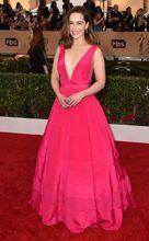 2017 Sexy Inspiriert durch Emilia Clarke Roter Teppich-kleid Sexy Tiefer VNeck Abendkleid Kleid