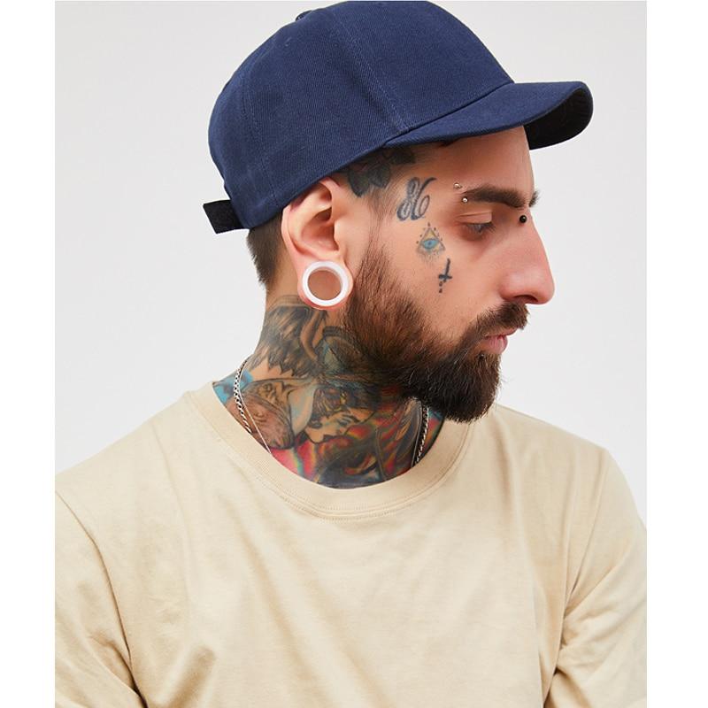 Design Vintage Snapback Baseball Hat Cotton Short Brimmed Peaked Cap For Men  Soft Top With Black ... ba78071be4d6