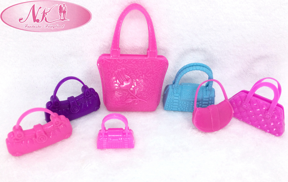 NK 7pcs/lot  Trendy Shoulder Bag Informal Baggage For Barbie Dolls Blended Kinds Woman Favourite Birthday Presents Doll  Equipment