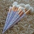 10 pcs Pincéis de Maquiagem Punho Colorido Unicórnio Fio Rainbow completa Make Up Brushes set Blending foundation Pó Escova de contorno.