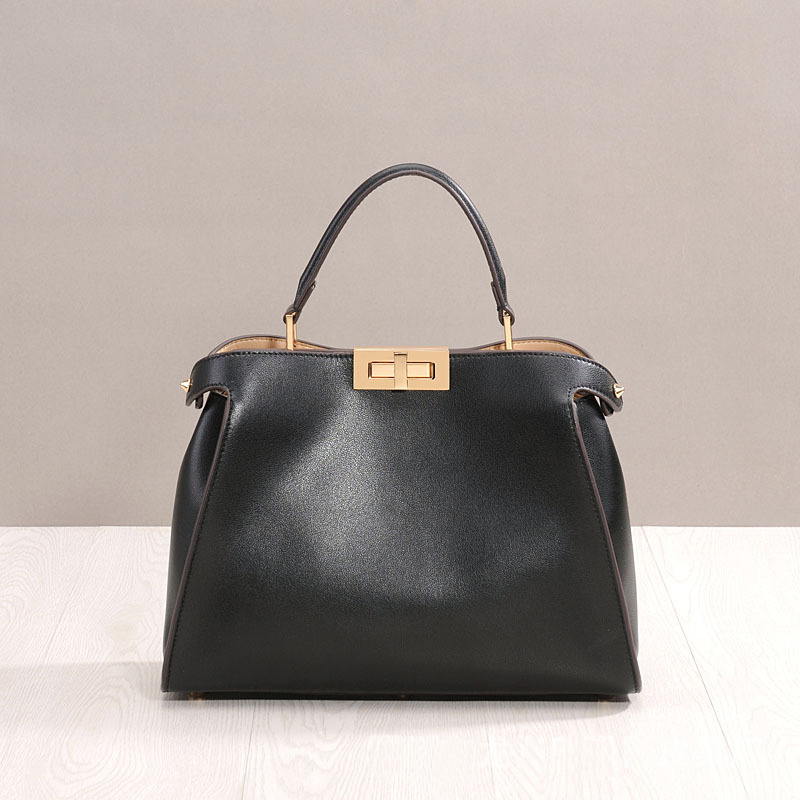 Classic Women Cow Leather Handbags Trendy Ladies Messenger Bags For Female Leather Tote Chic Women Shoulder BagClassic Women Cow Leather Handbags Trendy Ladies Messenger Bags For Female Leather Tote Chic Women Shoulder Bag
