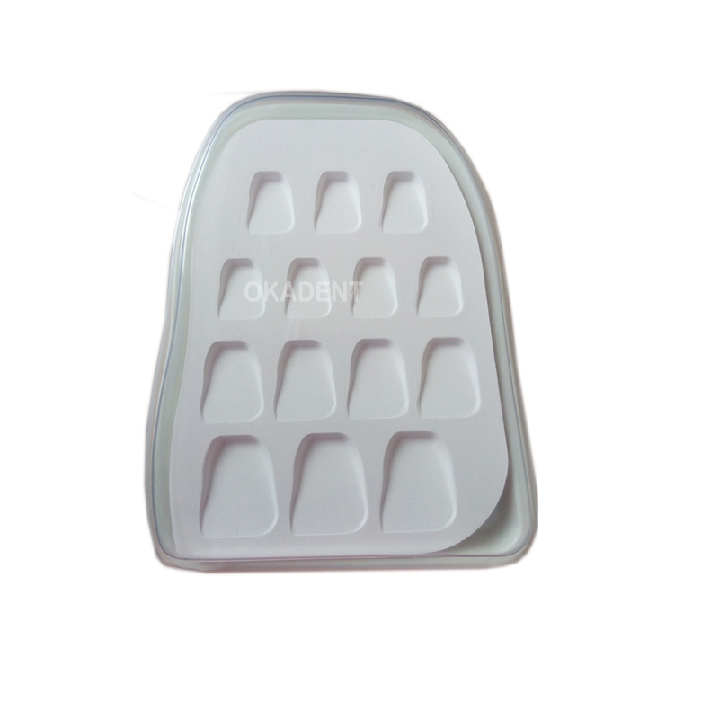 цена на 1pc Dental lab material tooth shape microporous porcelain plate Watering Plate mixing plate stain powder mixing tool 14 slot