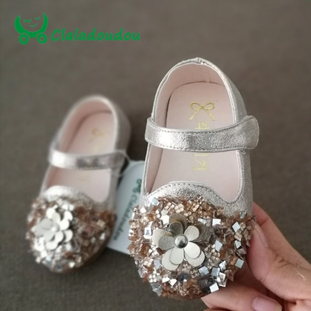 0-3 Years Old Kids Shoes Pu Leather Sequins Glisten Gold Baby Girls Shoes  Silver Flower Princess Party Soft Toddler Flats Size 5 17a92cb1d0fa